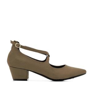 Špic cipele sa ukrštenim kaiševima, svetlo braon