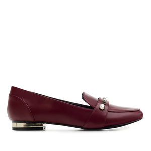 Tassel Loafer in Soft-Bordeauxrot mit Nieten