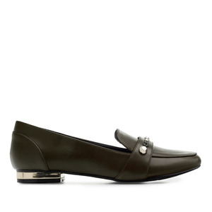 Tassel Loafer in Soft-Oliv mit Nieten