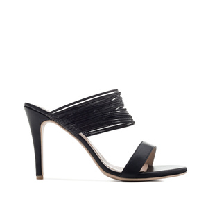 Multi-Ring Sandals in Black faux Leather