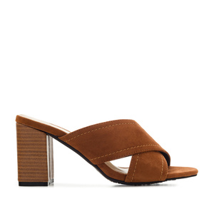 Criss-cross Mules in Brown Suede