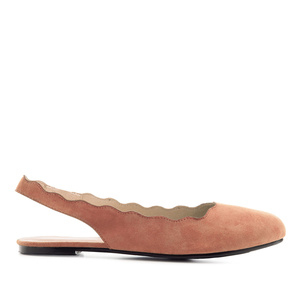 Wavy Slingback Flats in Coral Suede