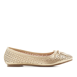 Ballerinas mit Perforationen in Soft-Gold