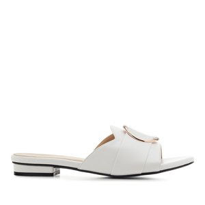 Ring Flat Sandals in White faux Leather