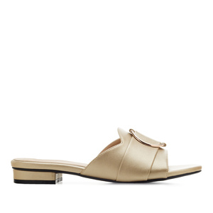 Ring Flat Sandals in Gold faux Leather