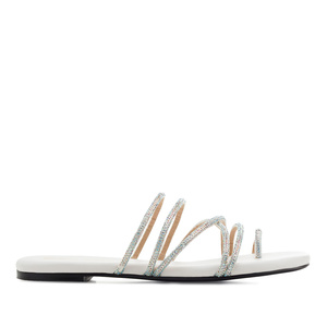 Toe Sandals in White faux Leather with Strass