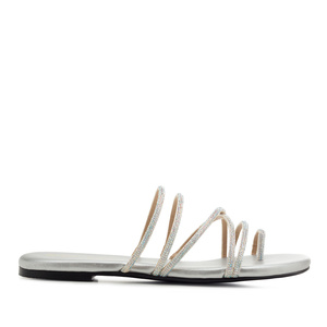 Toe Sandals in Silver faux Leather with Strass