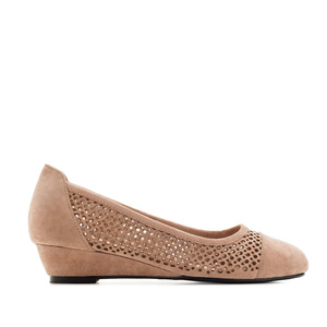 Wedge Ballet Flats in Earth-coloured Suede