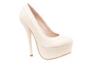 Cipele sa veoma visokom potpeticom i platformom, bež