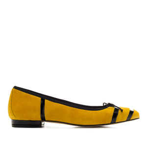 Bow Ballet Flats in Mustard Suede Leather