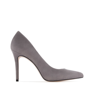 Heeled Shoes in Grey Suede