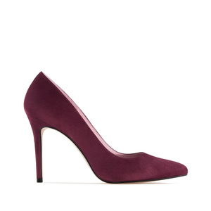 Heeled Shoes in Burgundy Suede