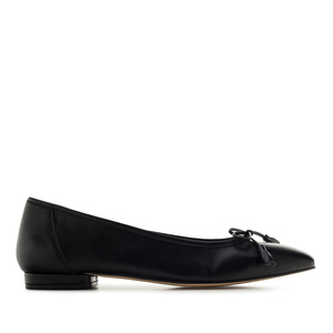Bow Ballet Flats in Black Leather