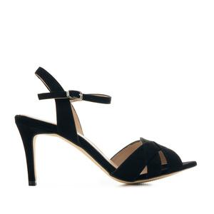 Kožené semišové sandále, páskové. Černé.