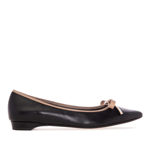 Ballet Flats in Black Leather