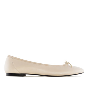 Ballet Flats in Beige Leather