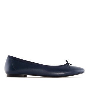 Ballet Flats in Navy Leather