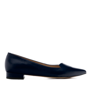 Fine Tip Ballet Flats in Navy Leather