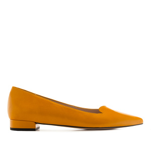 Fine Tip Ballet Flats in Mustard Leather