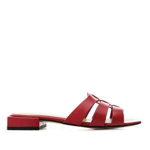 Kožené páskové pantofle. Červené.