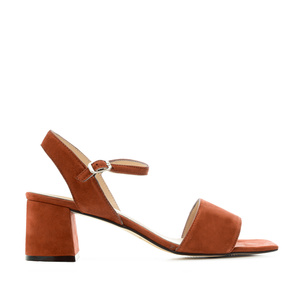 Block-heeled Sandals in Brick Red Suede Leather