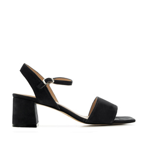 Block-heeled Sandals in Black Suede Leather