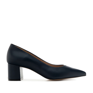 Heeled Shoes in Navy Leather