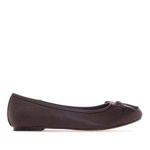 Chocolate brown faux-pull-leather Ballerinas with bow.