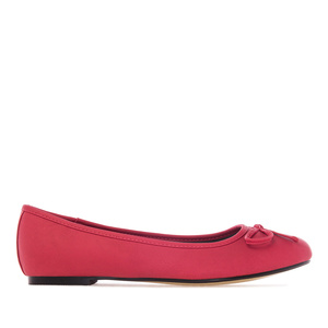 Red faux-pull-leather Ballerinas with bow.