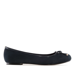 Baleríny s lesklým lemem a mašlí, semiš modrý marine.