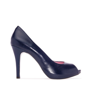 Peep-toes in Navy Leather