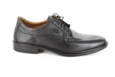 Zapatos de vestir negros en piel con cordones