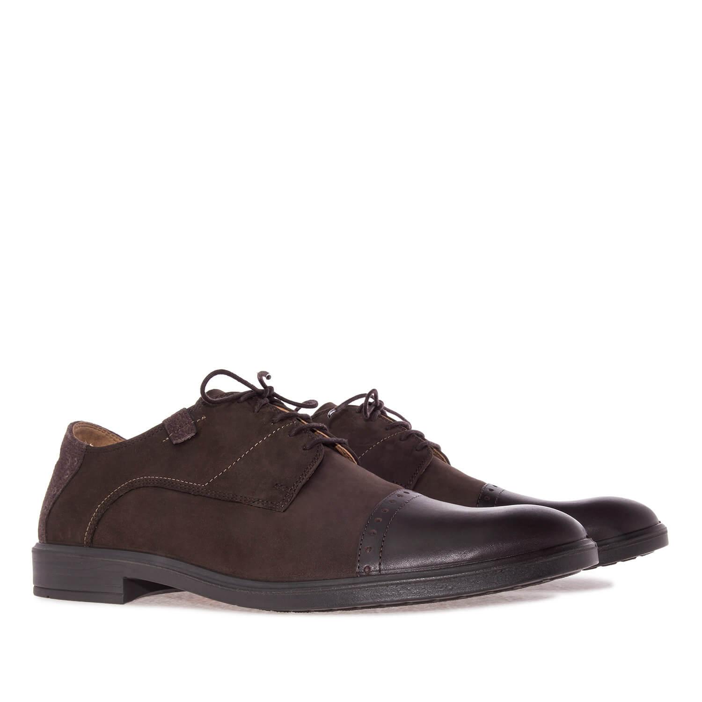 Zapato inglés en Nubuck Marron