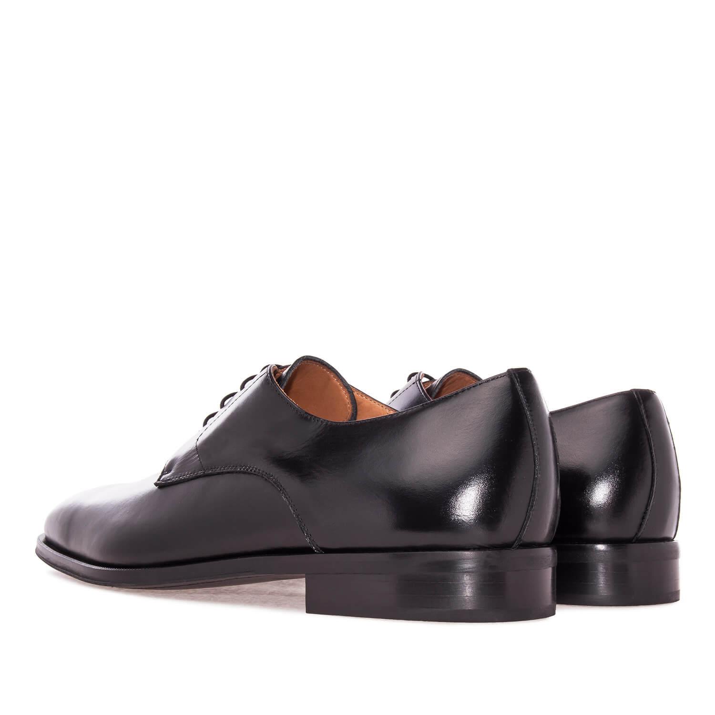 Zapato en Cuero Negro