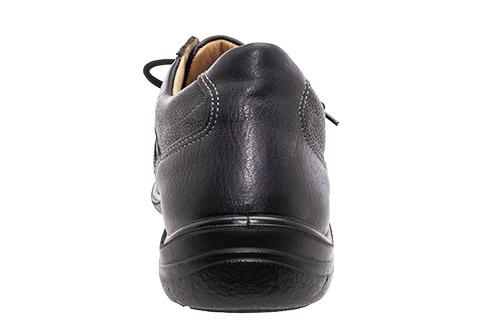 Zapato estilo deportivo en Piel Negro.