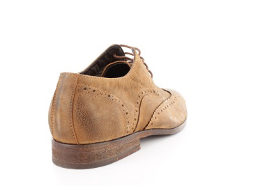 Zapato tipo oxford en piel color camel