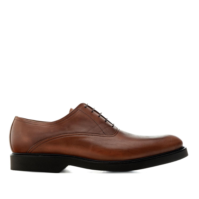 Zapato de vestir en Cuero de color Caoba