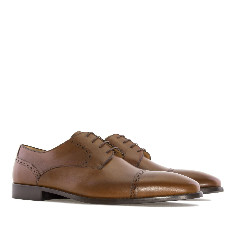 Zapatos en Piel color Caoba
