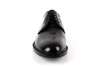 Zapatos de Vestir en Piel color Negro.