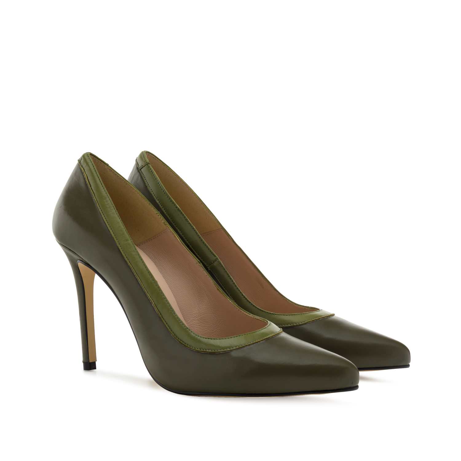 Pumps aus kakifarbenem Leder - MADE in SPAIN -