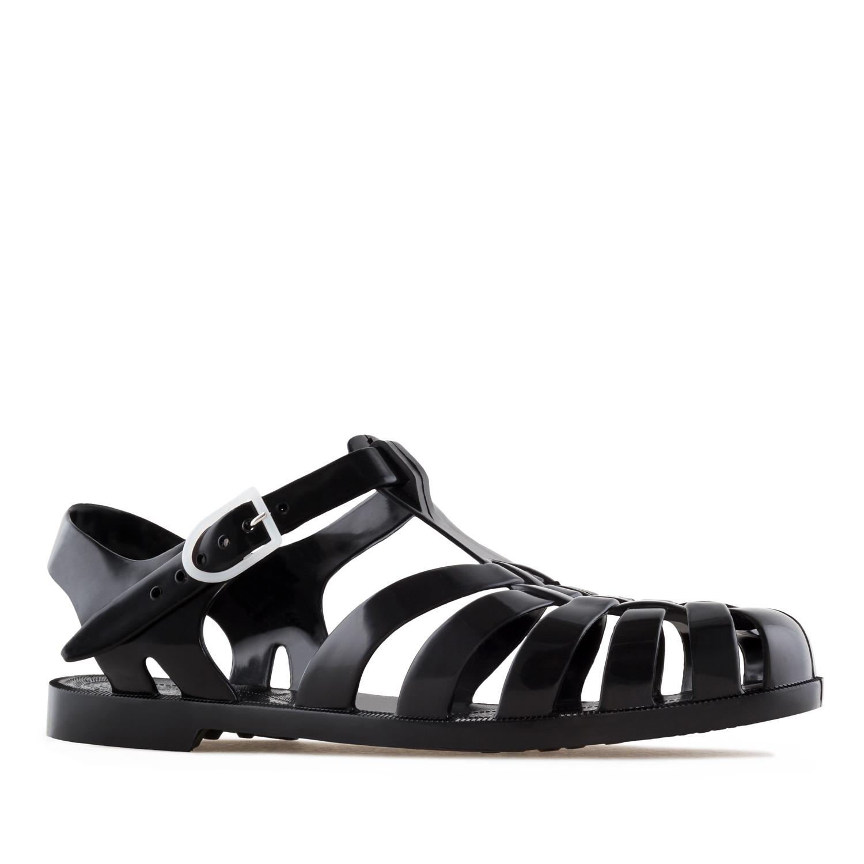 Sandály do vody. Barva černá.