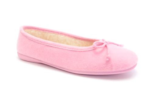 Bačkory ve stylu balerínek Alpino. Materiál jemná plsť. Barva růžová.