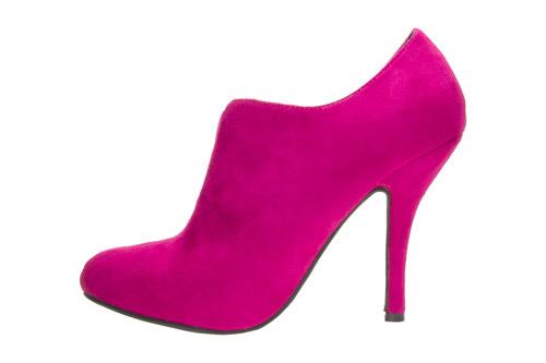 Zapatos Abotinados en Ante Fucsia.