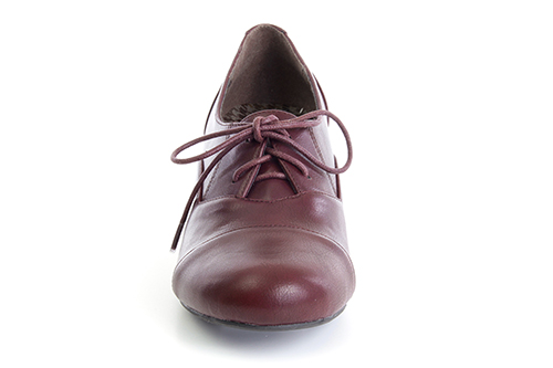 Zapatos estilo Oxford en Soft Vino.