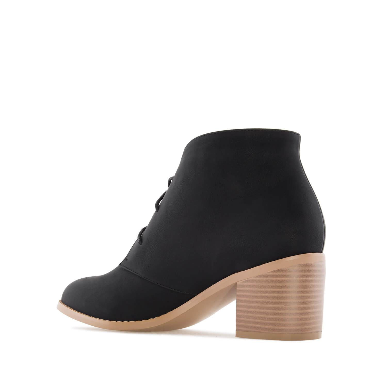 Duboke cipele na štiklu, crne