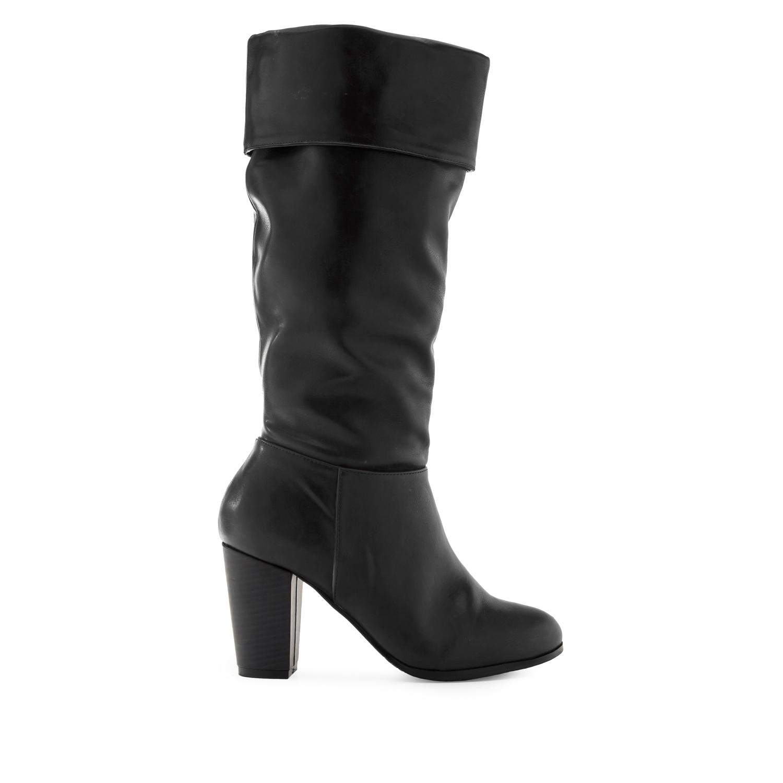 Duboke čizme sa širokom štiklom, crne