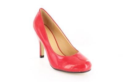 Elegantti punainen avokas.