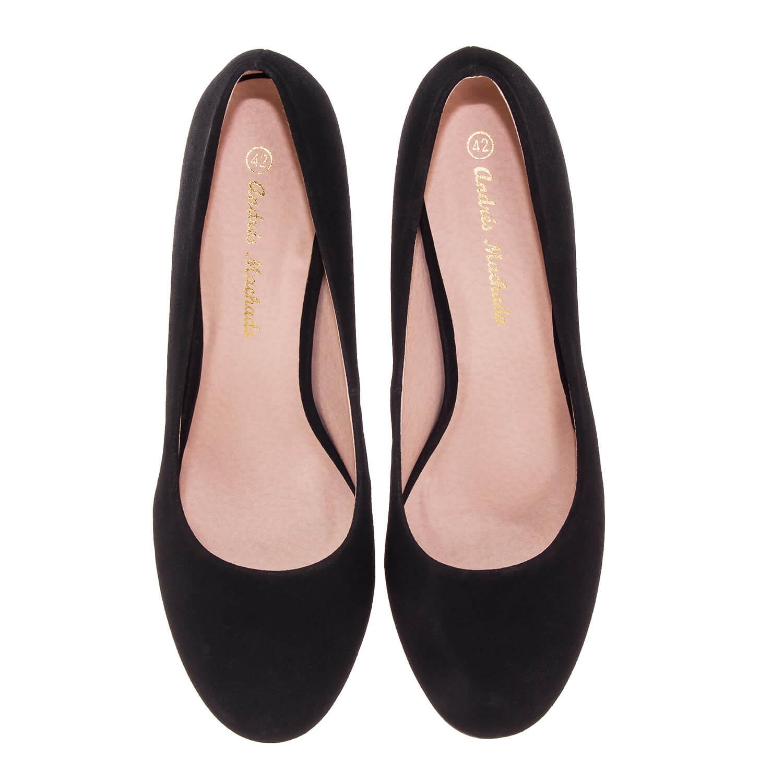 Zapatos de Salón Retro en simil Nobuck Negro y tacón Fino de 9,5 cm.