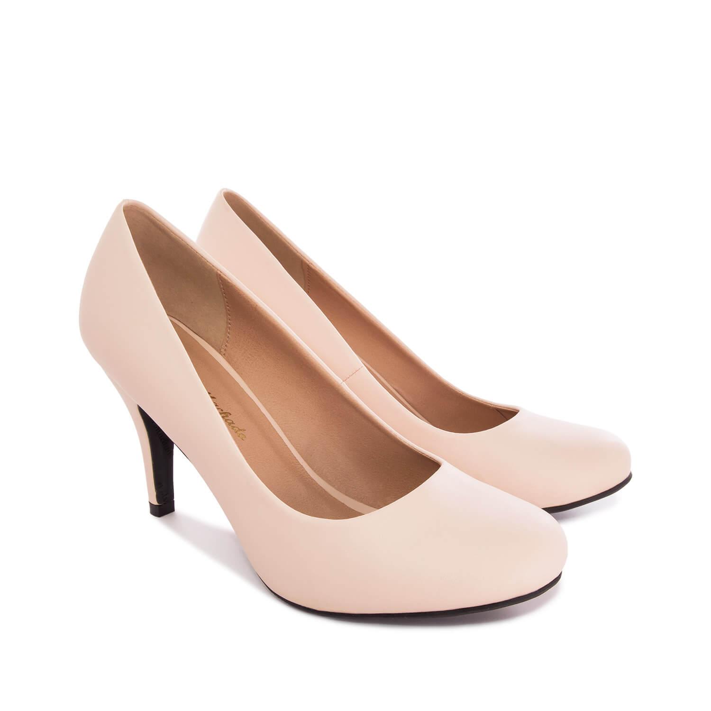 Zapatos de Salón Retro en Soft Beige y tacón Fino de 9 cm.