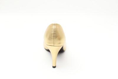 Salón Retro en Soft Oro y tacón Fino de 9,5 cm.